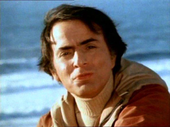 1-Carl Sagan (a la sombra de la sabina)